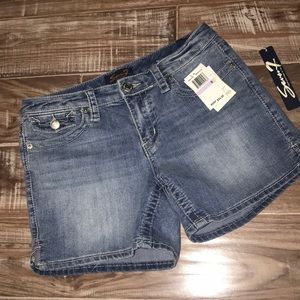 Seven 7 Denim Shorts new with tags Sz 6